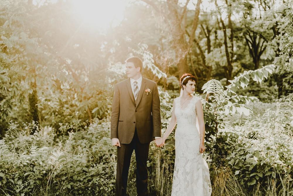 Eclectic Garden Celebration Farm Wedding Wisconsin Photographer_3258.jpg