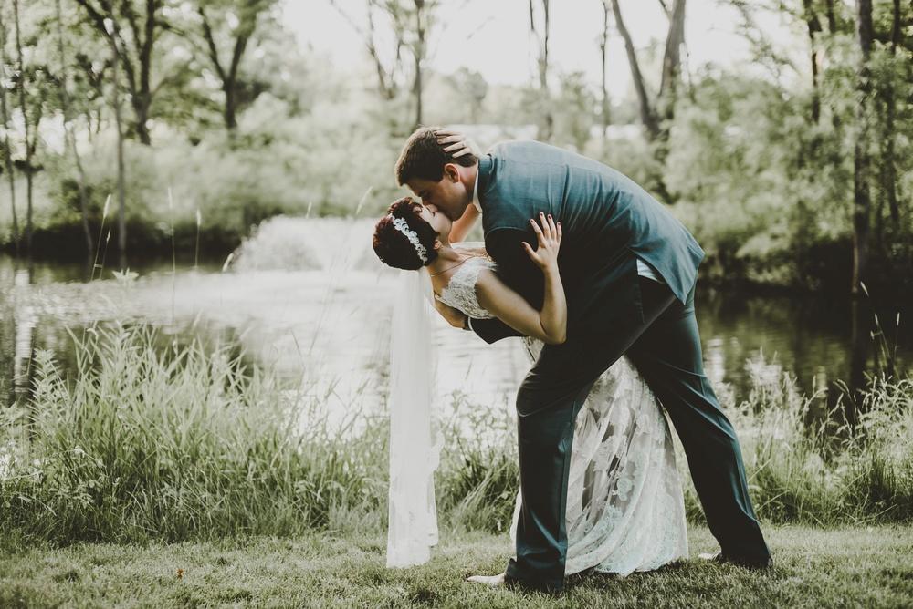 Eclectic Garden Celebration Farm Wedding Wisconsin Photographer_3264.jpg