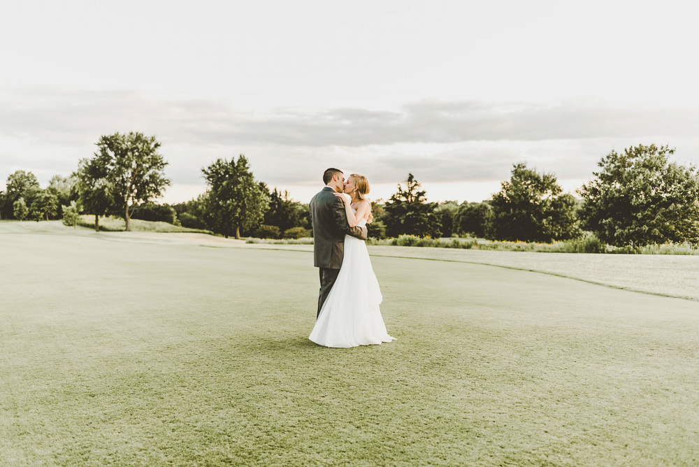 Keller Golf Course St Paul Wedding Photographer_3497.jpg