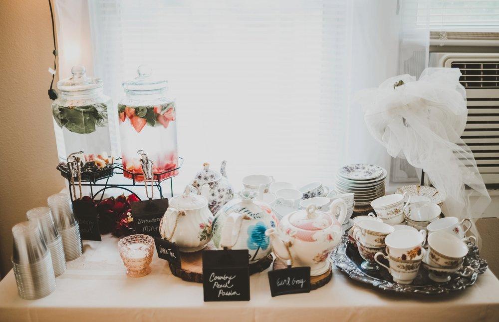 Vintage Bohemian Des Moines Bridal Shower Tea Party_3880.jpg