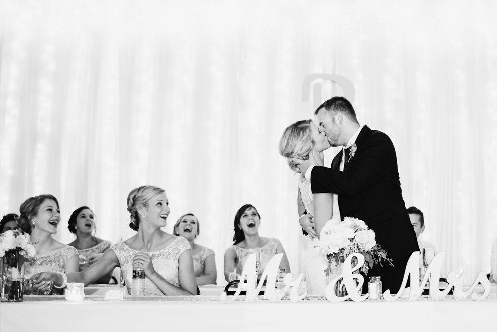 Best of Weddings Minneapolis Photographer_1557.jpg