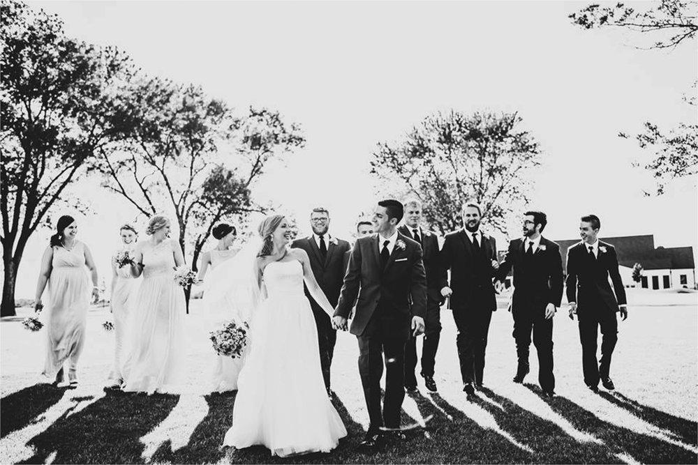 Best of Weddings Minneapolis Photographer_1673.jpg