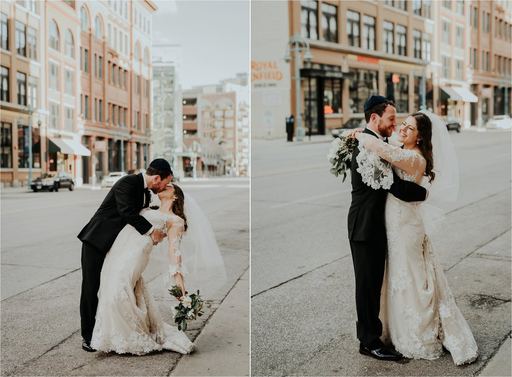 Black Swan Third Ward Milwaukee Wedding Photographer_1870.jpg