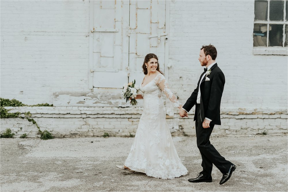 Black Swan Third Ward Milwaukee Wedding Photographer_1876.jpg