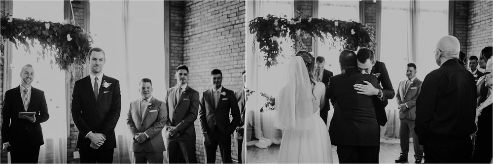 Hewing Hotel and Day Block Event Center Minneapolis Wedding Photographer_2985.jpg