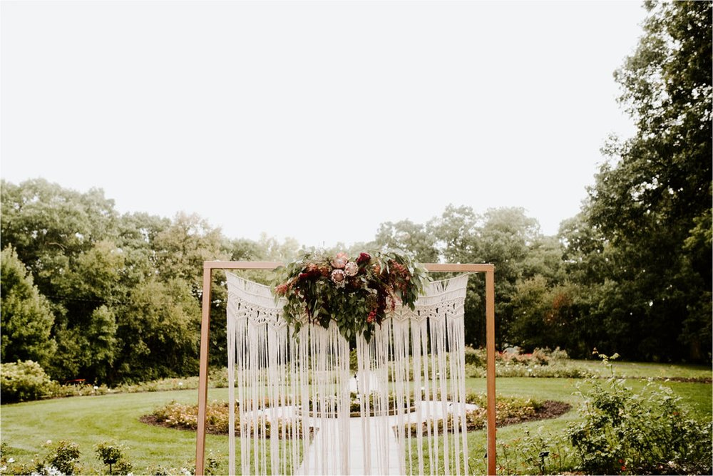 Wooly's Des Moines Rose Garden Concert Venue Wedding_3290.jpg