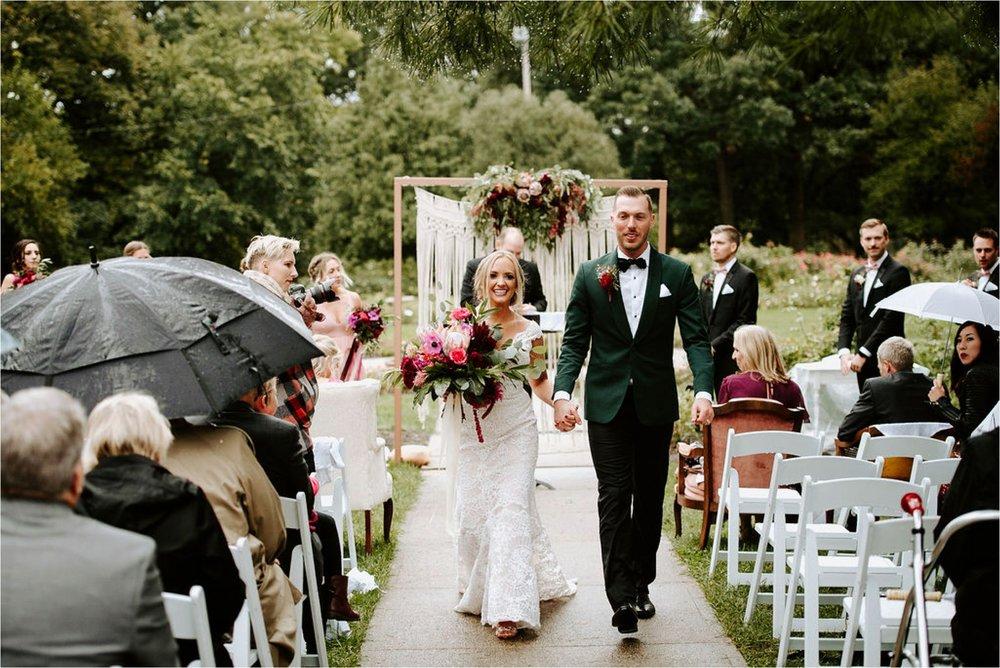 Wooly's Des Moines Rose Garden Concert Venue Wedding_3302.jpg