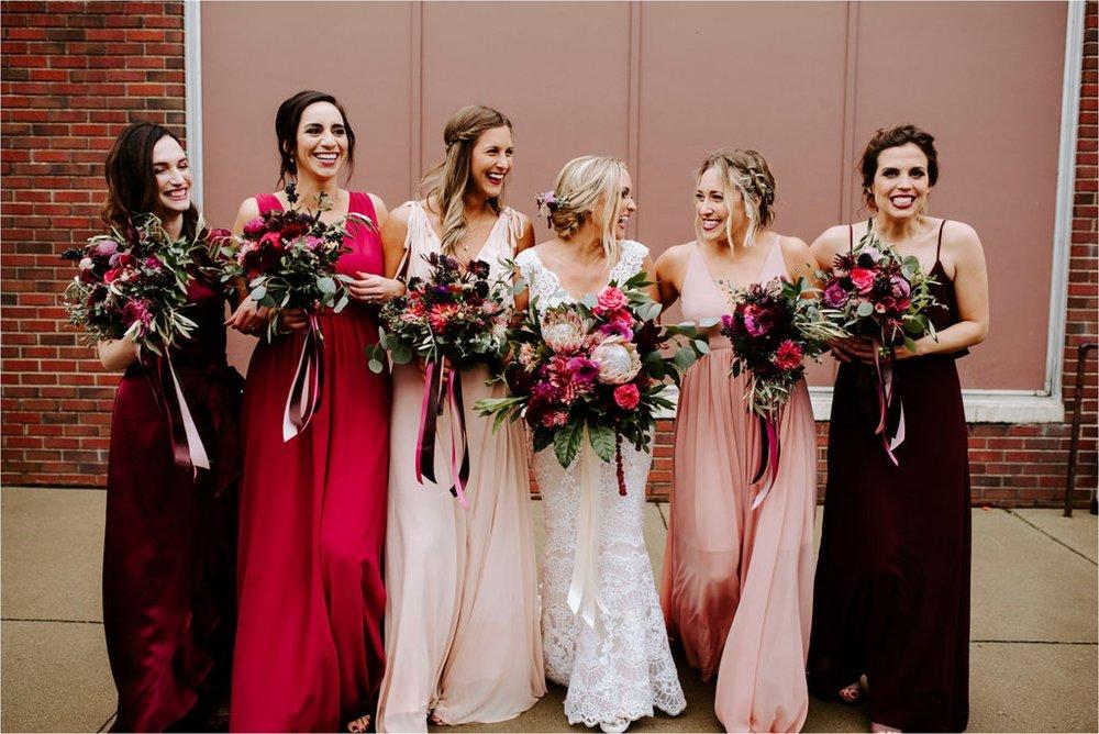 Wooly's Des Moines Rose Garden Concert Venue Wedding_3304.jpg