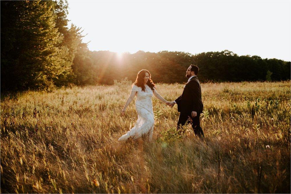 Woodwalk Gallery Door County Wisconsin Wedding Photographer_3672.jpg