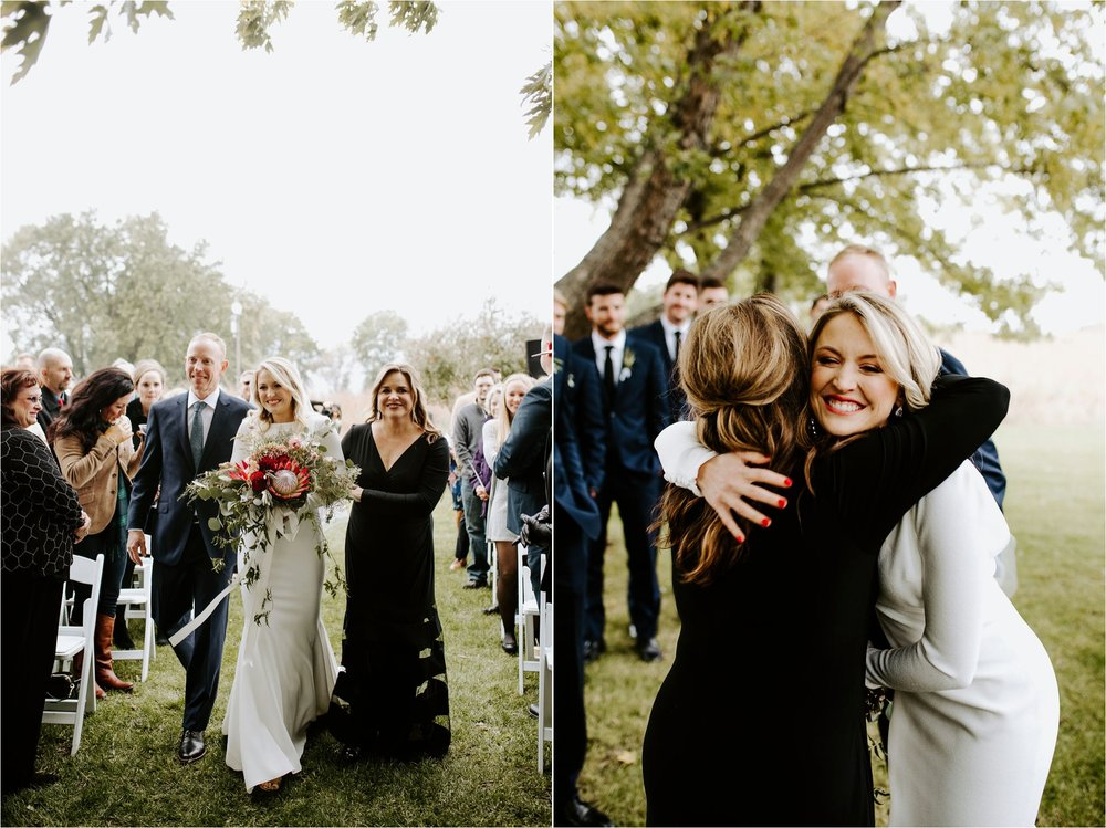 Minnesota Outdoor Family Farm Wedding Photographer_3822.jpg