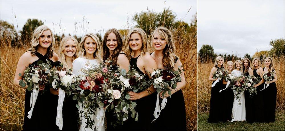 Minnesota Outdoor Family Farm Wedding Photographer_3828.jpg