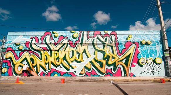 JonOne's mural for Miami Art Week presented by Perrier.