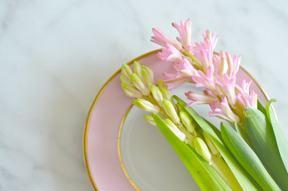 spring-flowers-pastel-pink-marble-interor-design-blvd-blog-post.jpg