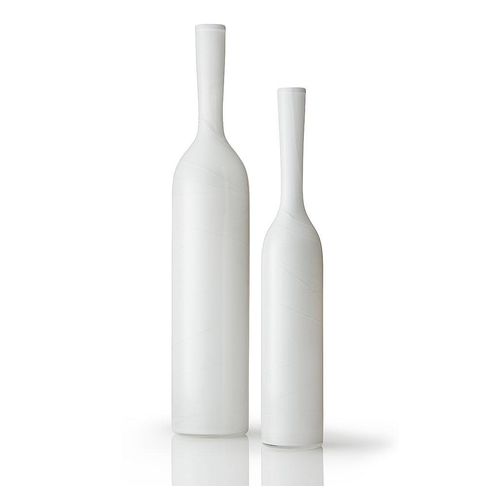 LIGNE Vase Duo White 3.jpg