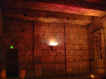 Asian temple wall 2401856039[K].JPG