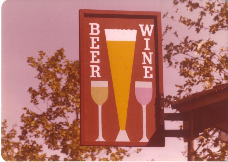 Spillikin Corners Beer and Wine 3484969244[K].JPG