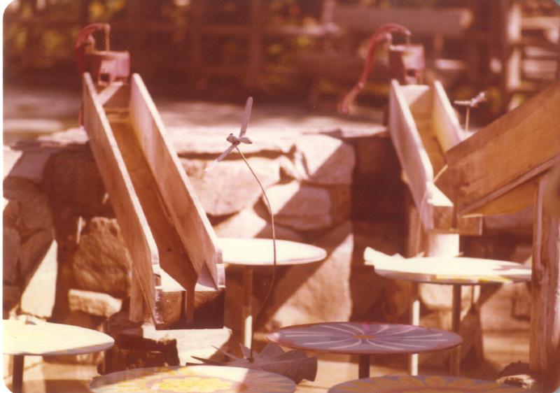Spillikin Corners_Participation fountain 03 3484979954[K].JPG