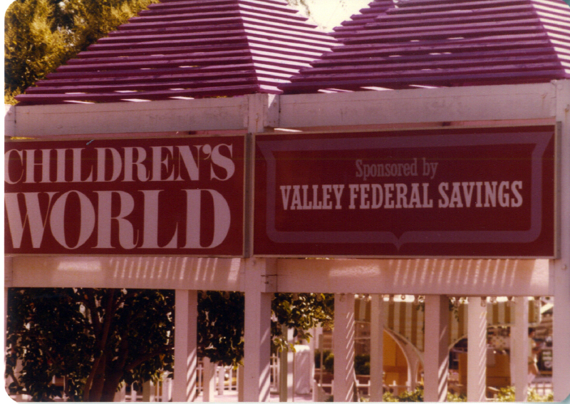 MAGIC MOUNTAIN Childrens World 04 3484908886[K].JPG