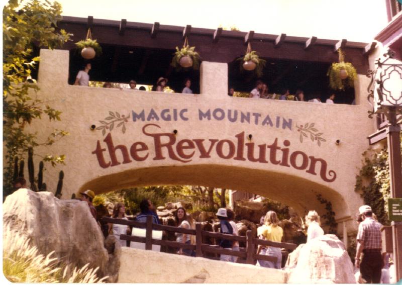 MAGIC MOUNTAIN Revolution 01 3484112313[K].JPG
