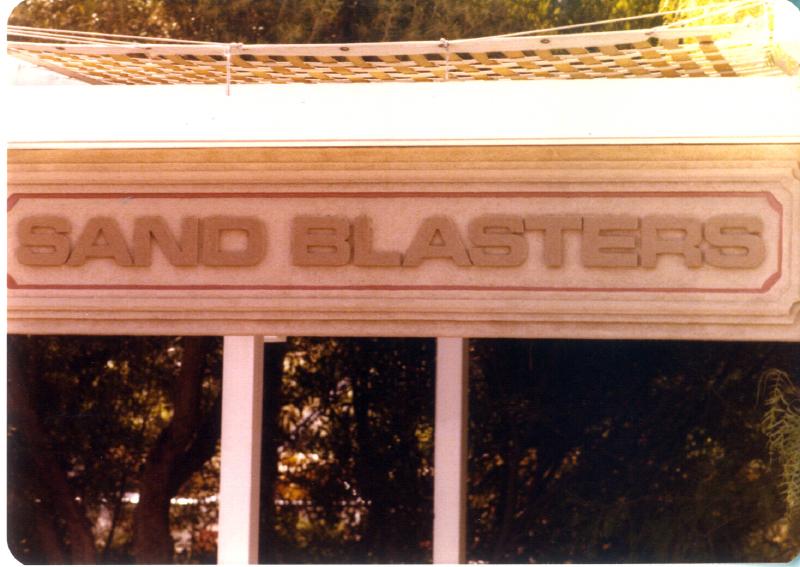 MAGIC MOUNTAIN Sand Blasters 3484108753[K].JPG