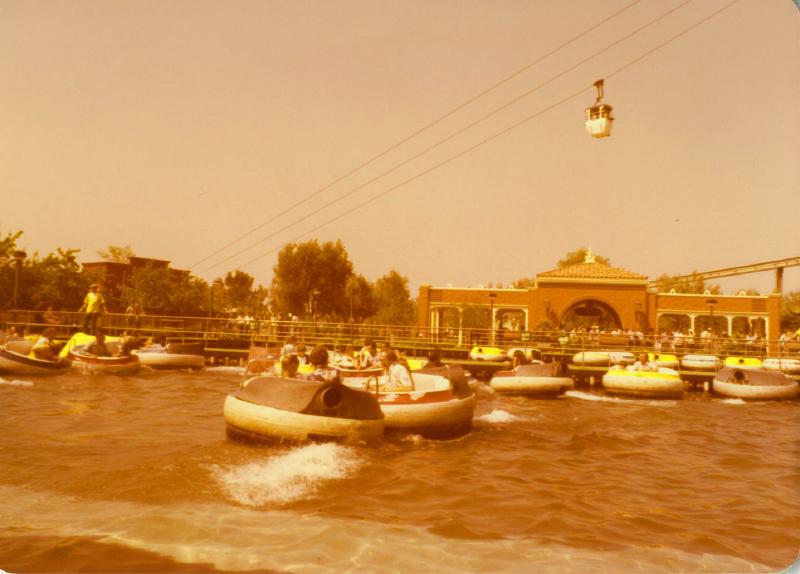 MM El Bumpo Boats 02 6824571452[K].JPG