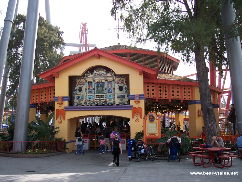 Fiesta Village (1)l 4172204514[K].JPG