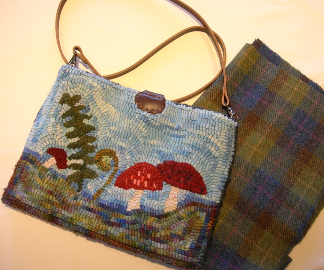 "Here's the ""day"" side of Tinkerbell's carry case and the beautiful Harris Tweed wool that I used for the lining."