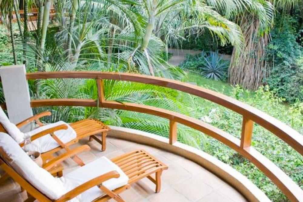 HOTEL CAPITAN SUIZO, PLAYA TAMARINDO, GUANACASTE, COSTA RICA