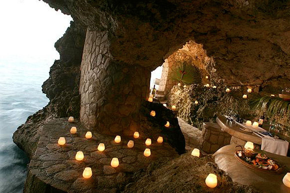 THE CAVES HOTEL & SPA, NEGRIL, JAMAICA