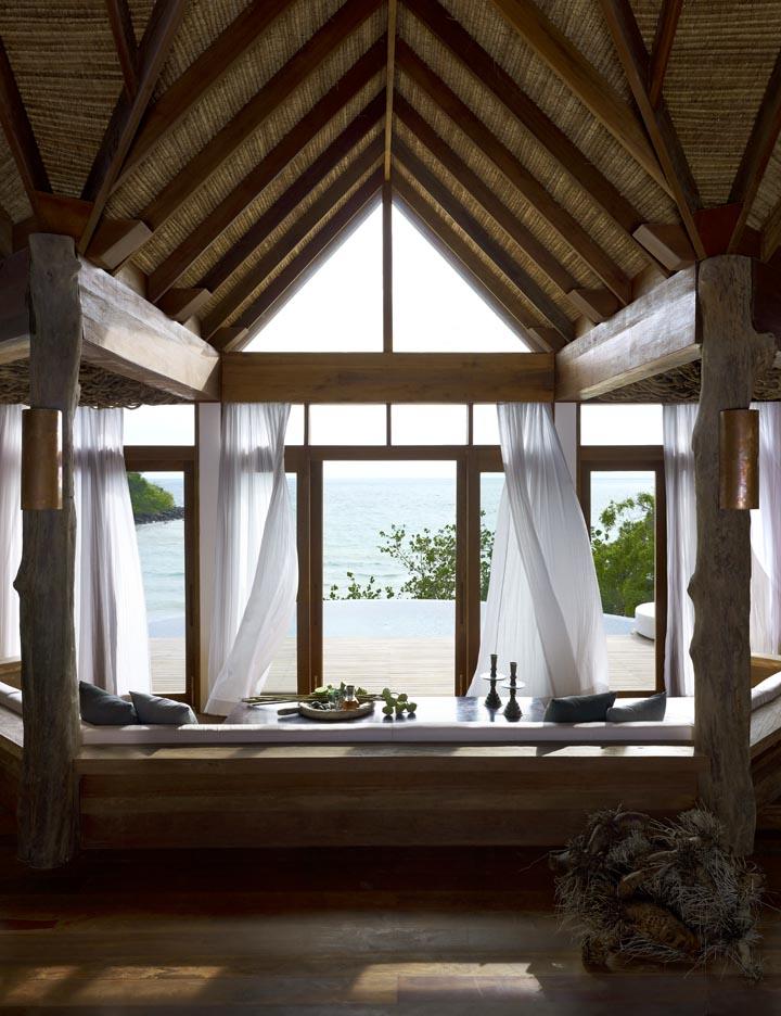03-tbv-livingroom.jpg