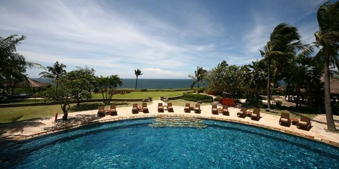 lower-infinity-pool-in-bali.jpg