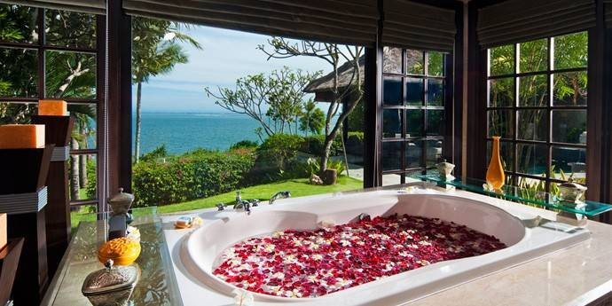 Ocean-Cliff-Villa-Bathroom1.jpg