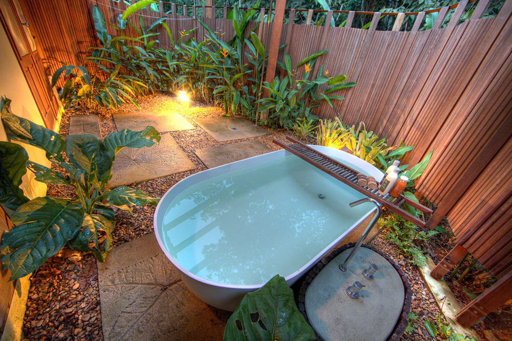 Cristalino-Jungle-Lodge---Bathtub---Samuel-Melim.jpg