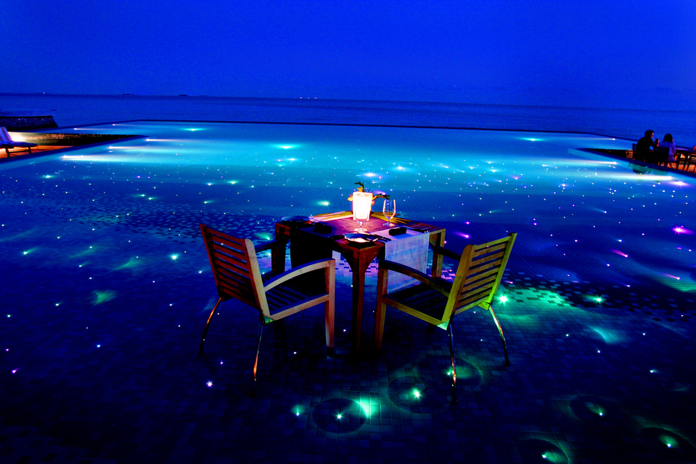 Hi_PHUV_64880512_Destination_Dining.jpg