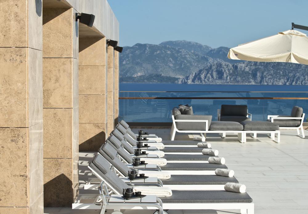 D-Hotel_Maris_ESPA_Terrace_jpeg.JPG