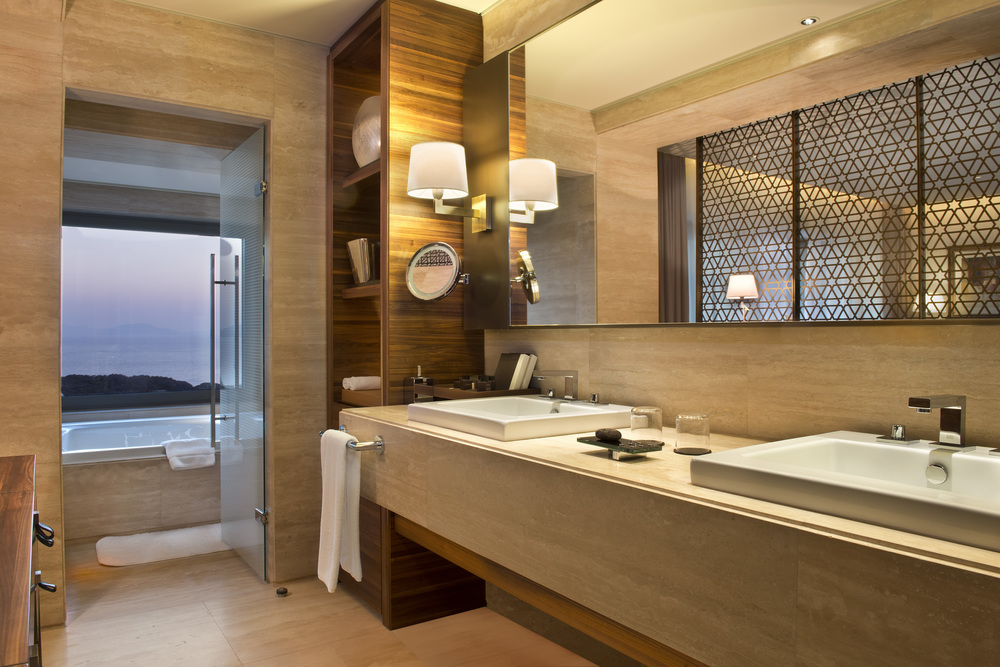 D-Hotel_Maris_Rooms_Deluxe_Room_Bathroom_jpeg.jpg