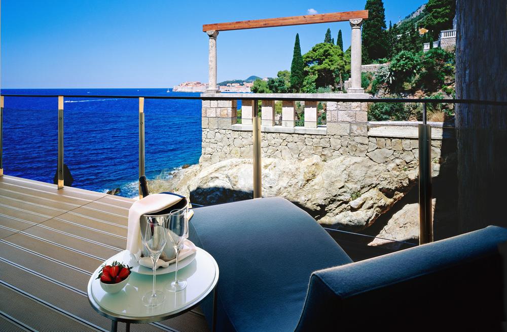 Terrace.jpg (2).jpg