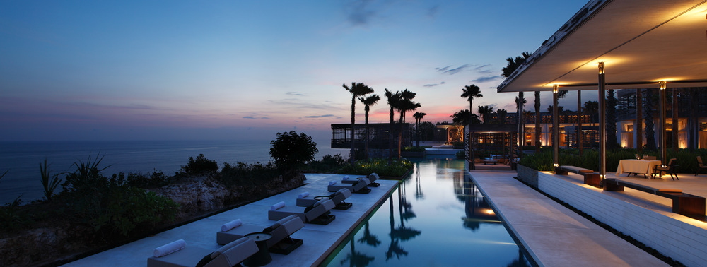 Alila Villas Uluwatu - Exterior - Panorama Sunset Cabana 01.jpg