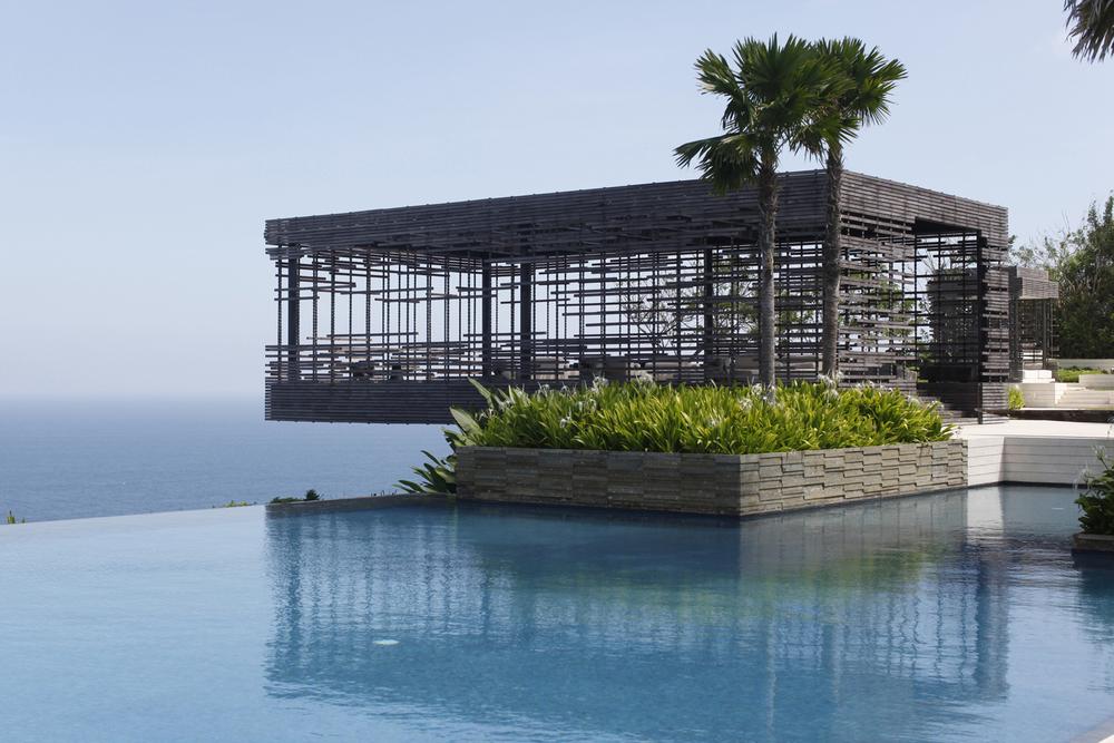 Alila Villas Uluwatu - Exterior - Pool 02.jpg