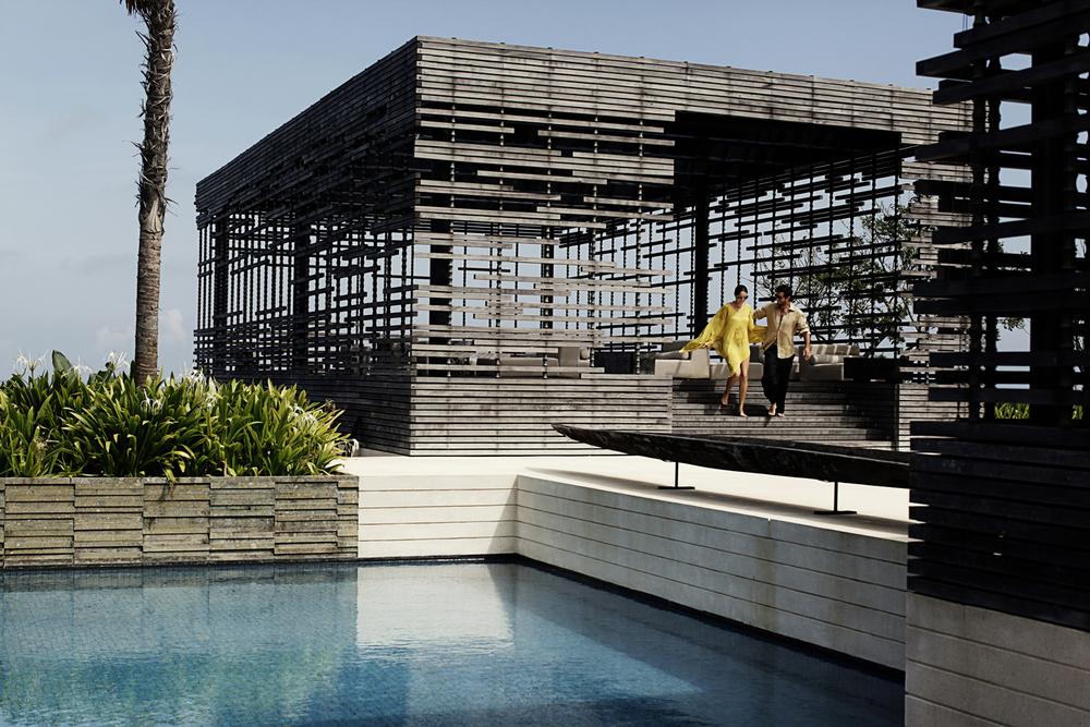 Alila Villas Uluwatu - Exterior - pool 03.jpg