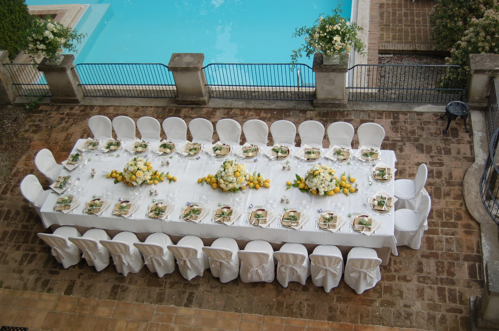 table set up on the solarium2.JPG