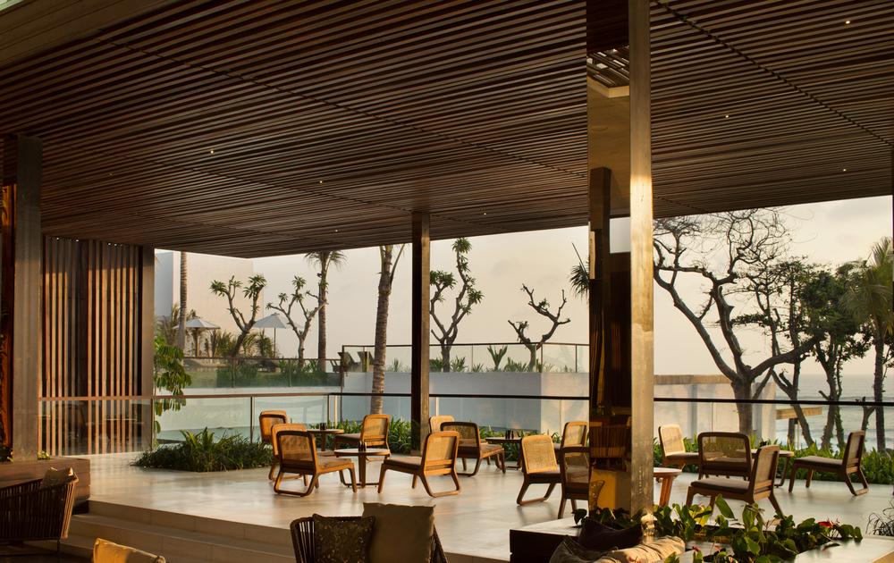 Alila Seminyak - Lobby Lounge 01.JPG