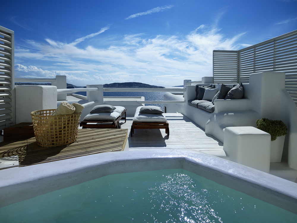 DELUXE SEA VIEW WITH OUTDOOR SPA BATH (3).jpg