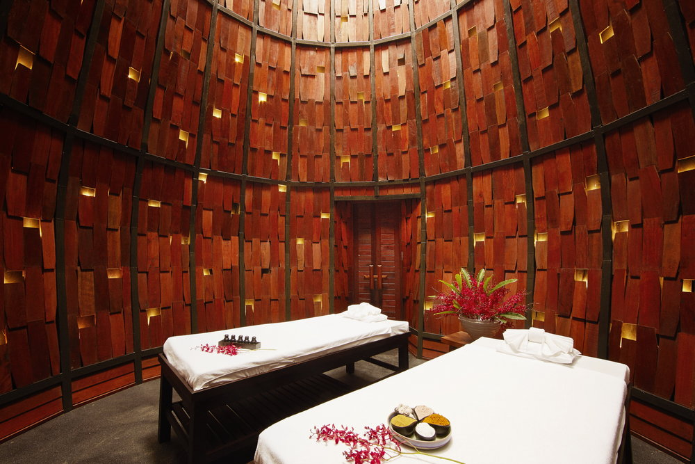 L'escape Spa_massage room.jpg