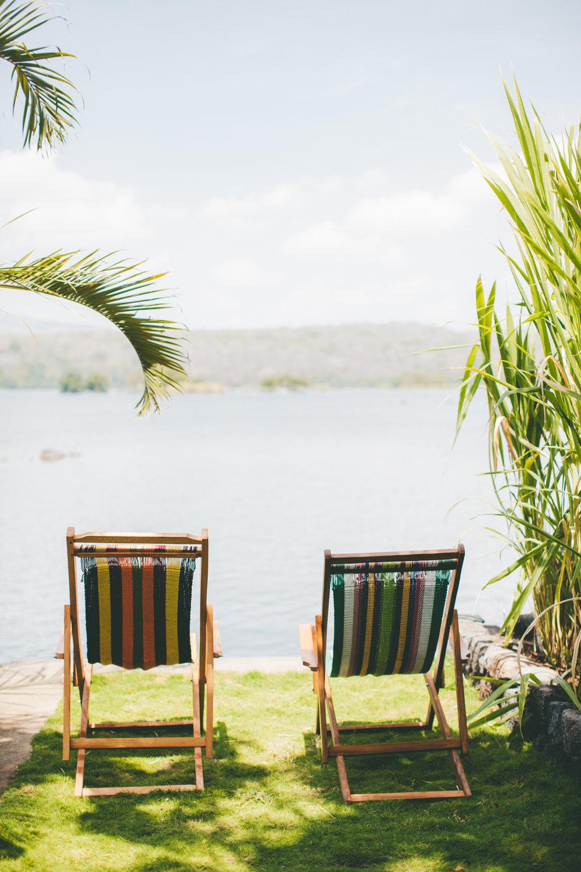 Isleta El Espino lakeside.jpg