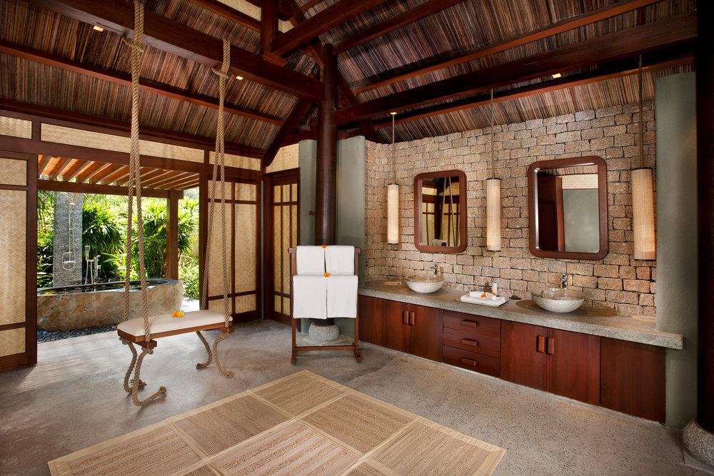 11 Lagoon Villa Bathroom.jpg