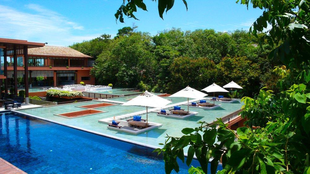 df0c5-09_Phuket-Restaurant-Baba-Poolclub-Top10-Restaurants-Phuket-Thailand.jpg