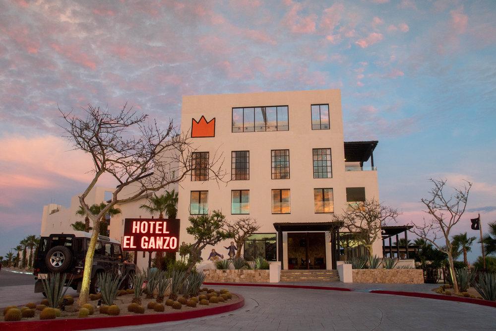 HOTEL EL GANZO FRONT.jpg