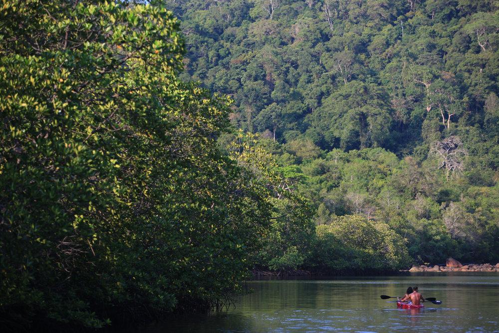009-SK-Kayaking_by_Herbert_Ypma.jpg
