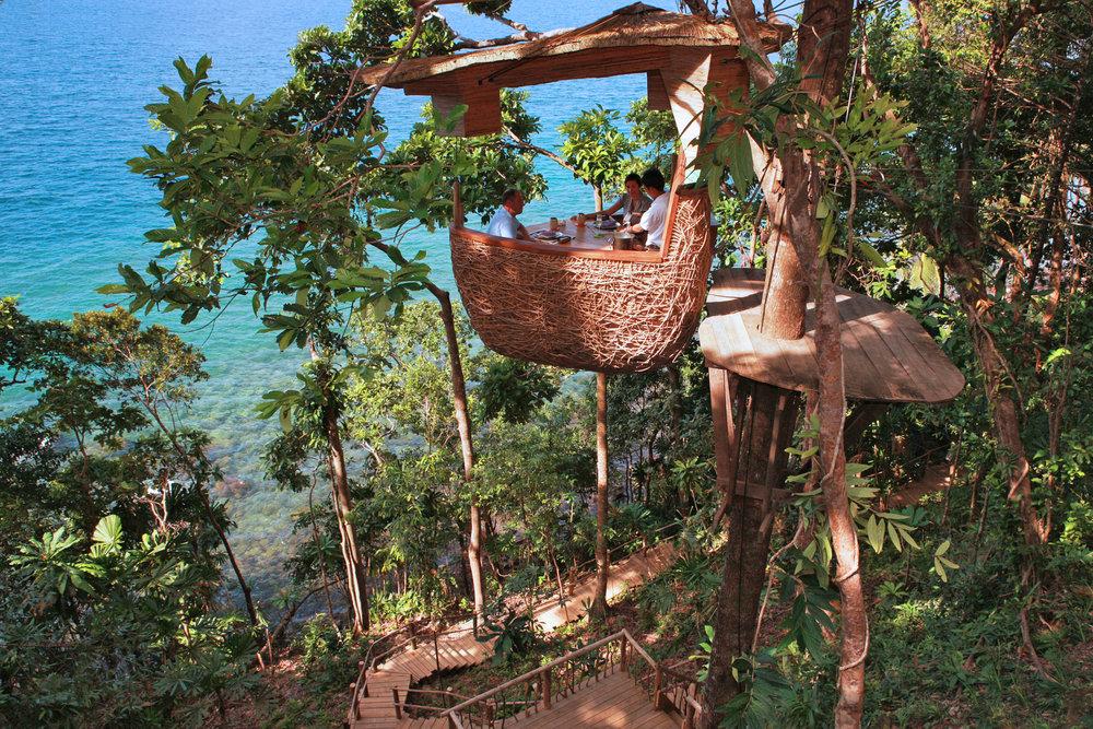 Soneva Kiri Treepod Dining by Cat Vinton.jpg